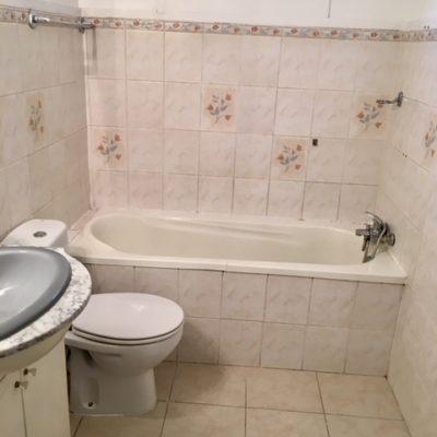 DEUX PIECES CANNET BOURGOGNE salle de bain
